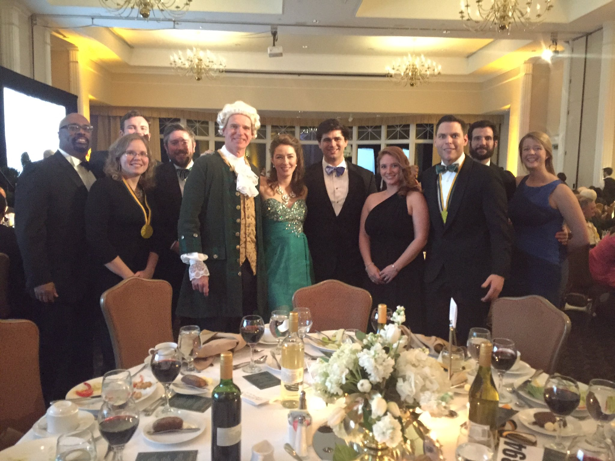Celebrating 324 years of @williamandmary with Lord Botetourt himself #wmCharterDay https://t.co/L9juRFwtB6