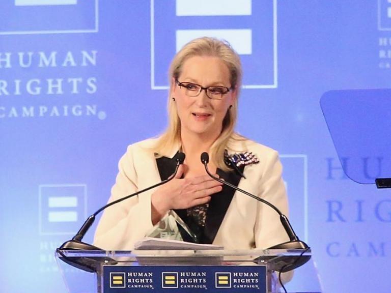 Meryl Streep delivers another wonderful anti-Donald Trump speech at Human Rights Campaign gala  https://www. dub.io/s/58413  &nbsp;   #meryl #streep <br>http://pic.twitter.com/FQTY57GYDx