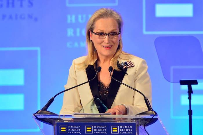 #Meryl Streep  responds to Donald Trump&#39;s &#39;overrated&#39; remark  During the #Human Ri  http://www. empowr.com/illimattic?p=B QKU5 &nbsp; … <br>http://pic.twitter.com/QsCWRrTehM
