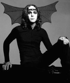 Happy birthday to Peter Gabriel !