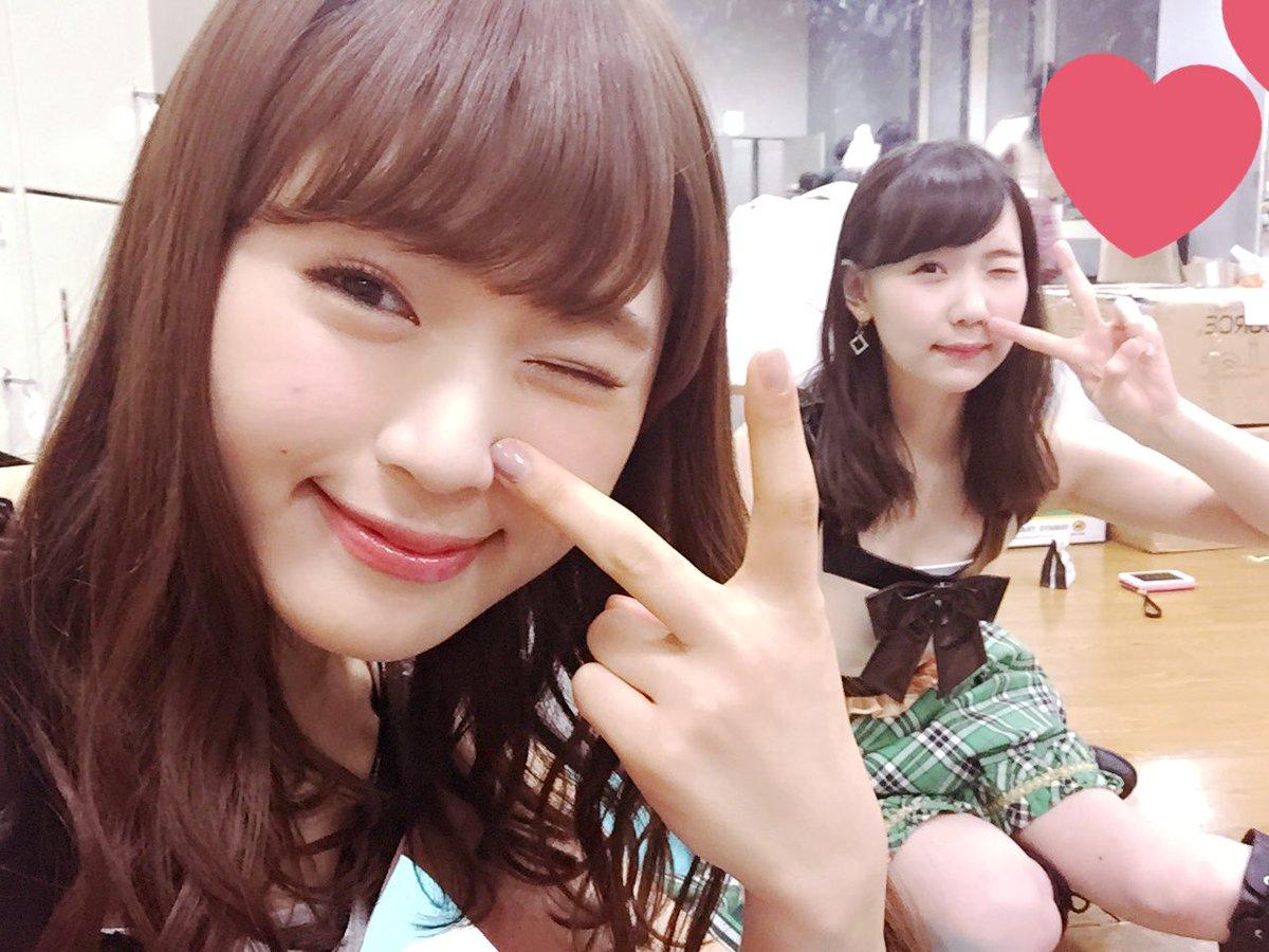チャラ裏ピースだぜっ😉✌️(笑)  #もうすぐ💓 #チームM #アイドルの夜明け公演
