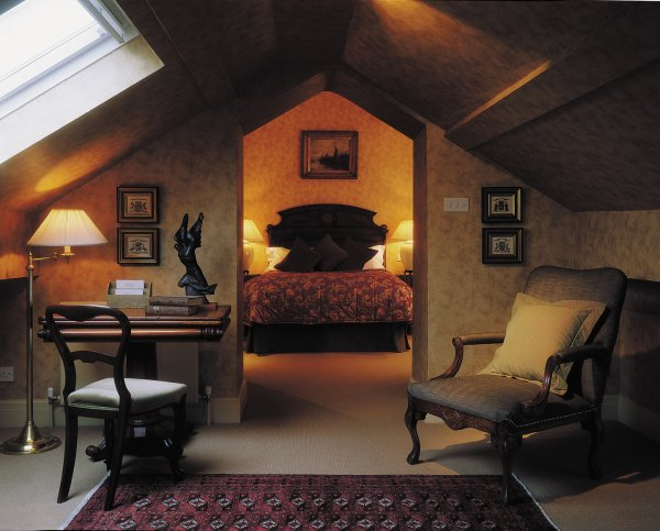 At @TheSamlingHotel you&#39;ll find hotel perfection at the heart of the Lake District - hot tub included #BrightLights  http:// christiandodd.co.uk/bright_lights  &nbsp;  <br>http://pic.twitter.com/iOrgG8qX1s