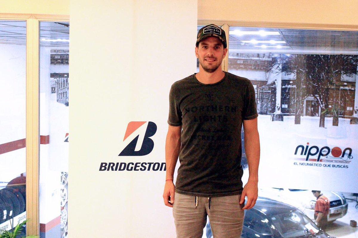 Muchas gracias @BridgestoneLA, la compañía de neumáticos más grande del mundo. 🙌🔝 https://t.co/XUx8oe7q7h