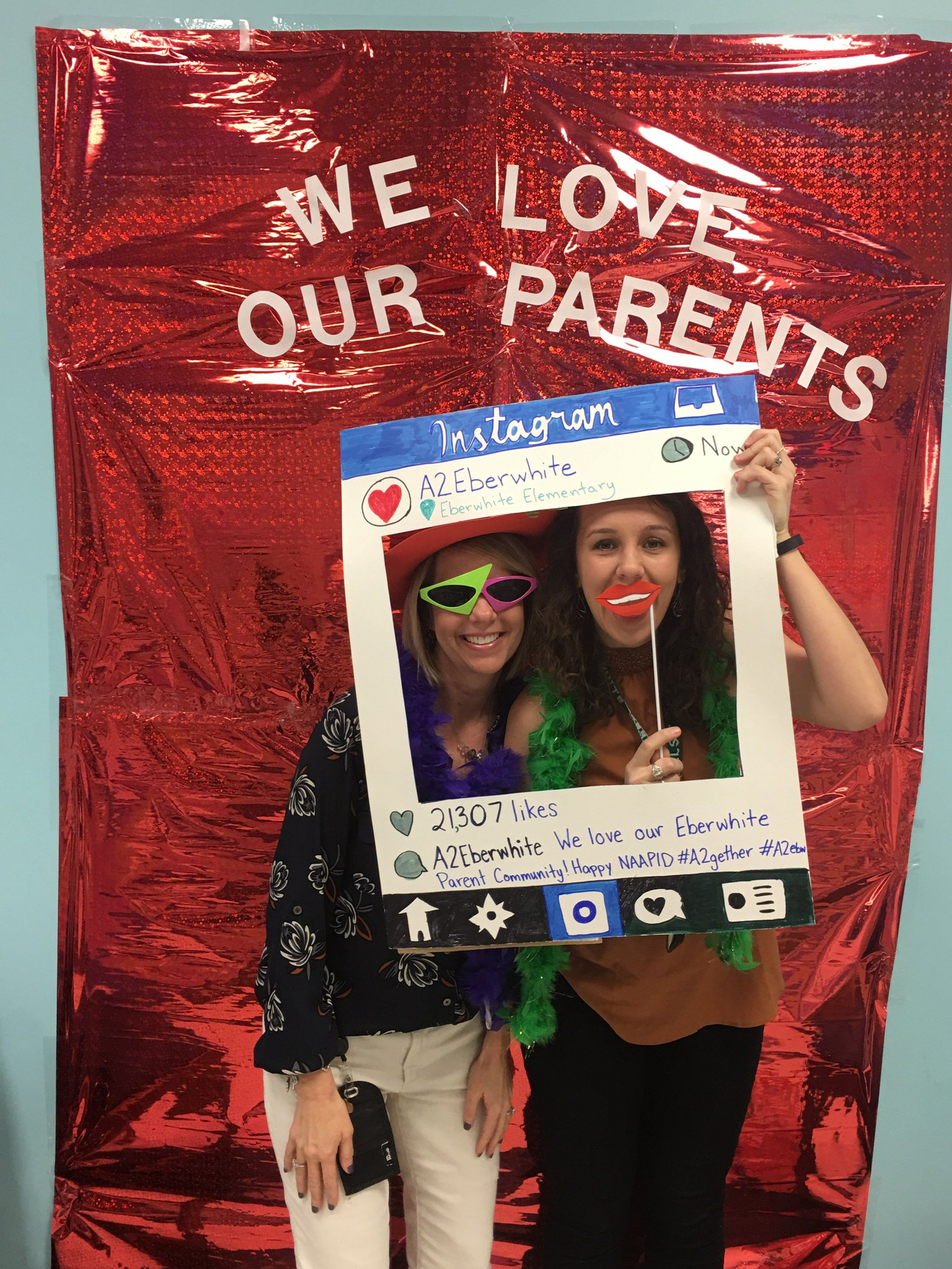 Having fun with our NAAPID photobooth #a2gether #a2ebw https://t.co/j4c26NKkRJ