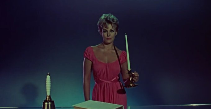 Happy Birthday to the legendary Kim Novak!