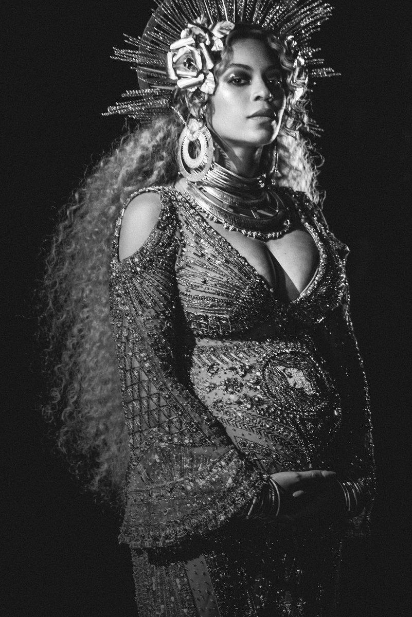 Beyoncé    - Página 48 C4k4rCnXUAAR2cH