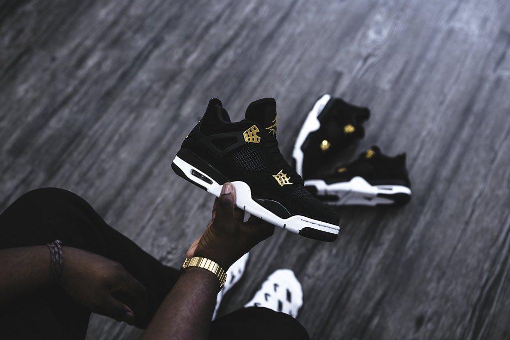 Les Air Jordan 4 Retro Royalty  #sneakers #sneakerhead #jordan #jordan4<br>http://pic.twitter.com/jISpA5pFol