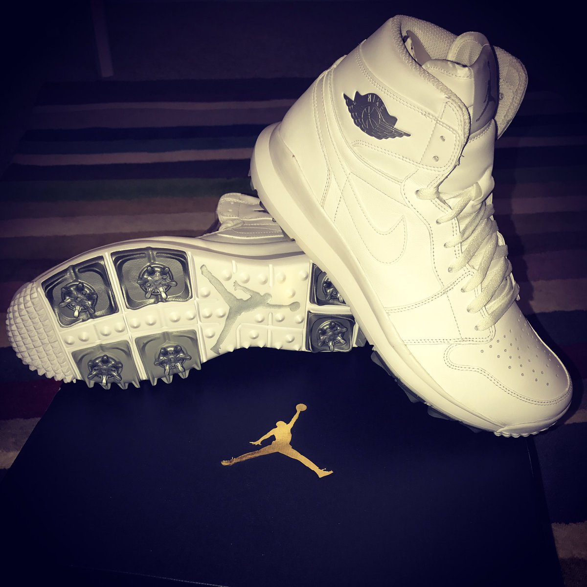 cd8986c0e47a ⛹️ICON! Can t wait to rock these bad boys! NEW NIKE AIR JORDAN 1 GOLF shoes!!!  RT if you ❤ these! https   t.co UPlRxrSYyp