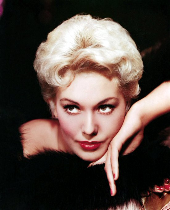 Happy Birthday to Kim Novak! She\s 84 today! Images courtesy of Doctor Macro.