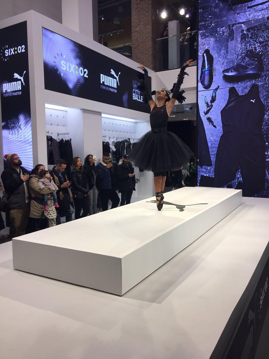 Olivia Boisson takes the runway en pointe @SIX02 @puma