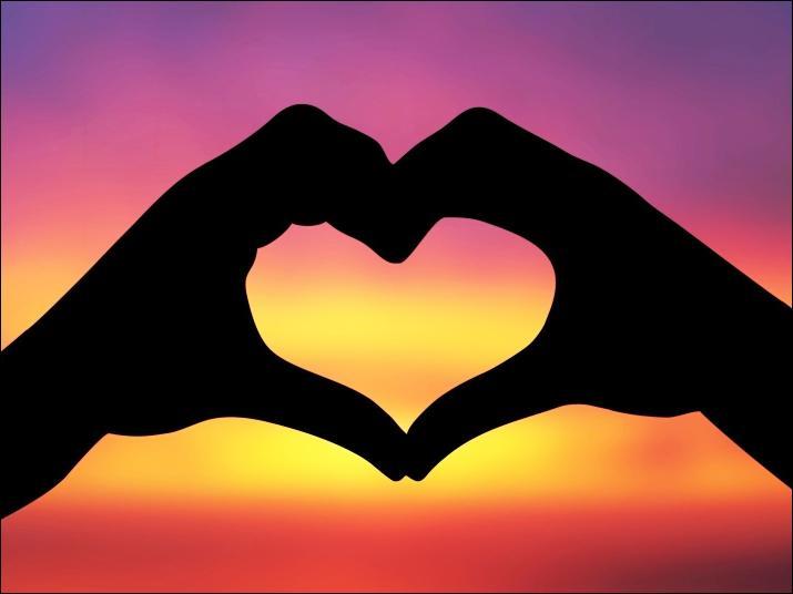 Je voudrais souhaiter une excellente St Valentin aux personnes qui ne sont #pas en couple actuellement. Je vous embrasse avec affection  <br>http://pic.twitter.com/KYKRz6AeI3