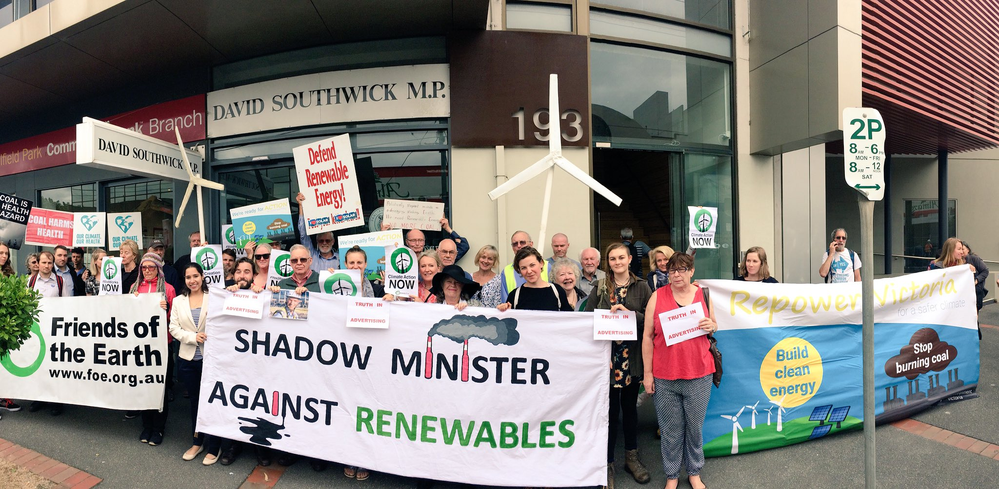 Shadow Minister David Southwick is in hiding after pledging to scrap the popular #VRET. Community members want him retitled... #SpringSt https://t.co/LpKm72JvXG