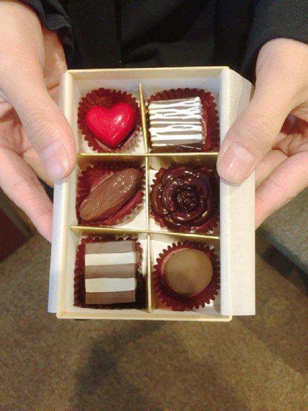みなさまに愛を込めてリバーシブル→バレンタイン♡ #dfes #バレンタイン