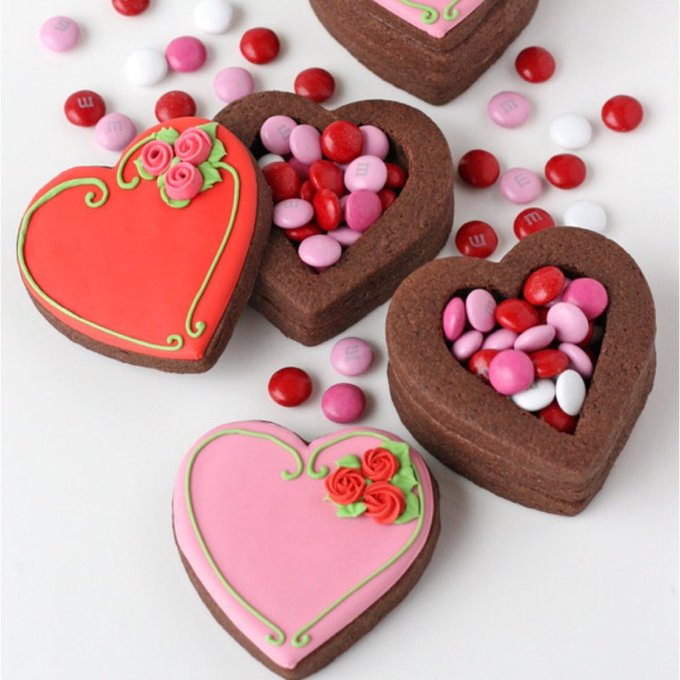 13 Chocolate Valentine Cookies Almost Too Cute to Eat