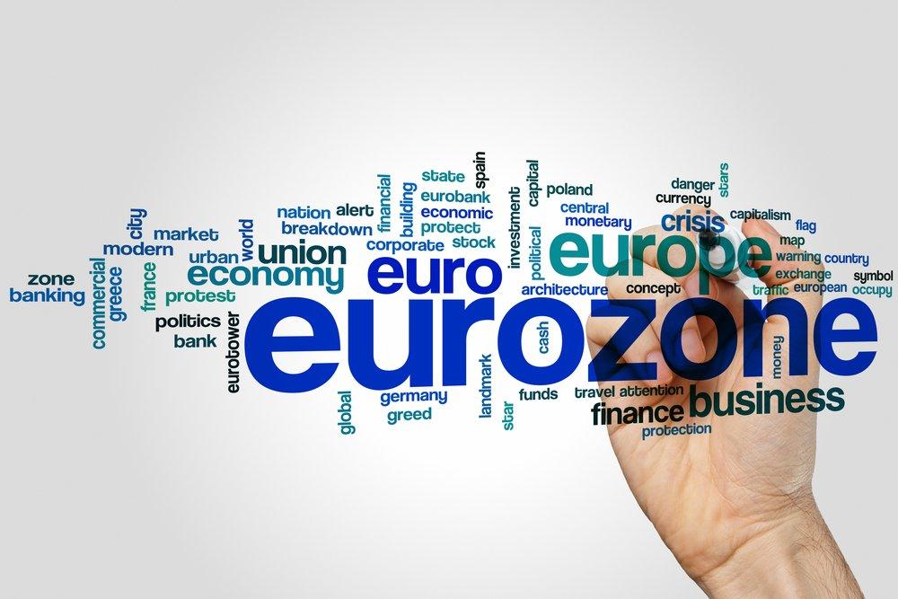 #ZoneEuro : Résistante #EcoPerspectives #CroissanceEconomique #QE #BCE  http:// ow.ly/UYRd308pwrp  &nbsp;   @FredCerise<br>http://pic.twitter.com/GCbxXR7SvZ