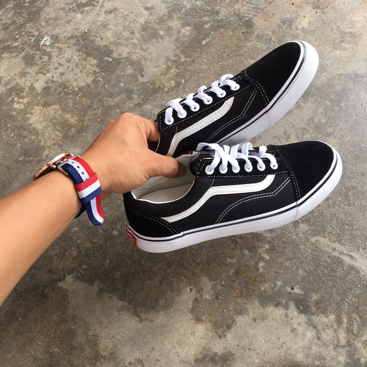 ea8cbadb47cba4 Vans Old Skool Size  - 36-45 Euro Harga offer  - RM 80 Only SM (inc postage)  RM 85 Only SS (inc postage) WhatsApp   0111-621  8182pic.twitter.com vzVx5A86eG
