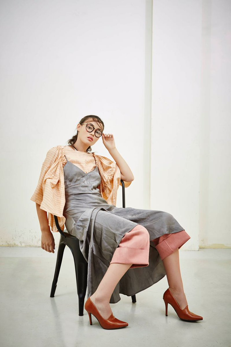 .@cordstudio2 Mondo sleeves silk top styled by #ManishaMelwani