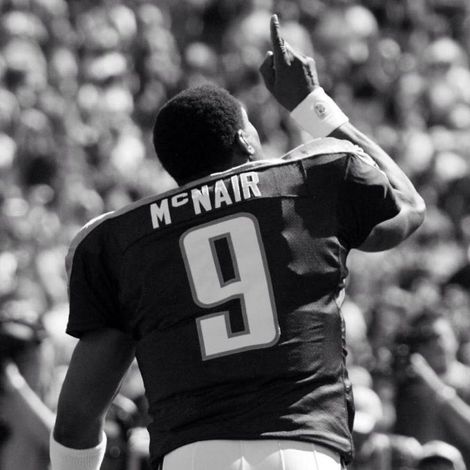 Happy Birthday to my favorite player who had ever played the game, Steve McNair. You would\ve been 44 today.