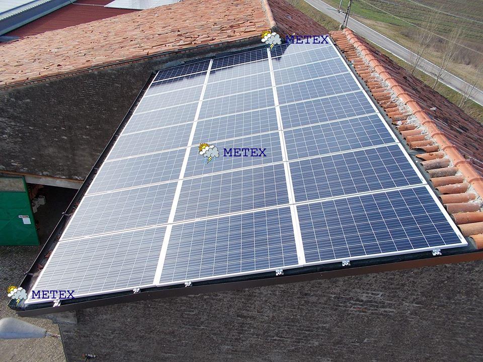 #fotovoltaico 6kWp anche in #inverno. #policristallino #poggiorusco #mantova #febbraio<br>http://pic.twitter.com/TgeZBIsSJs