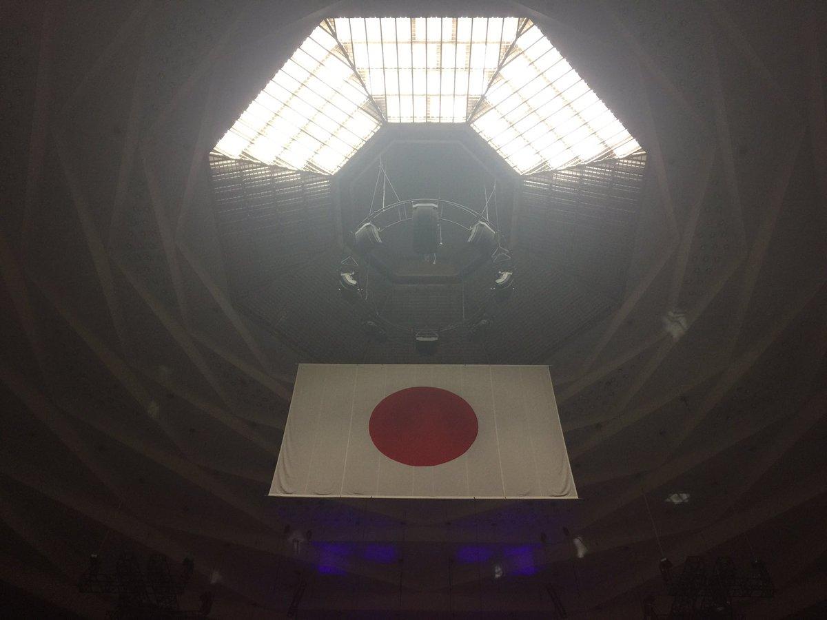 日本武道館公演、無事終了。  幸福感で満ち溢れました。兎に角皆さんに心から感謝!! Versaill…
