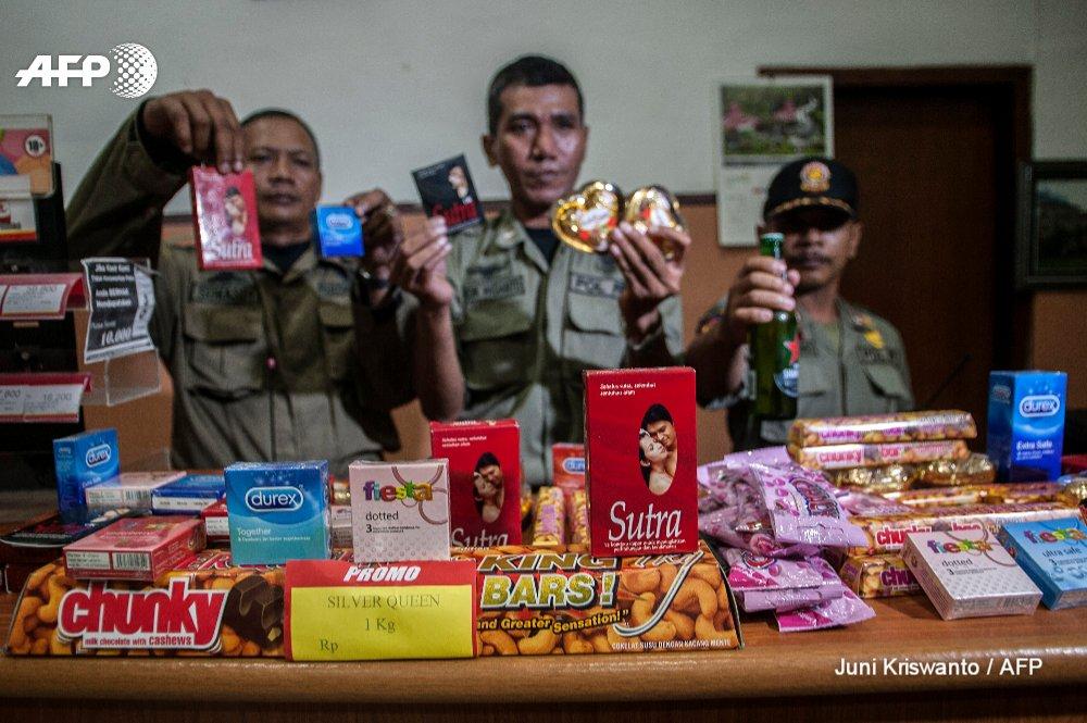 Indonesian city organizes anti-Valentine's Day condom raids