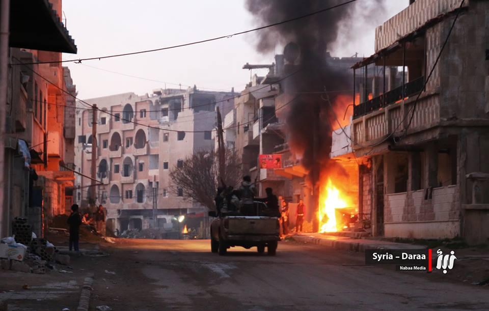 Guerre Civile en Syrie ( LISEZ LE PREMIER POST ! ) - Statut spécial  - - Page 39 C4pB77zW8AM2vwN