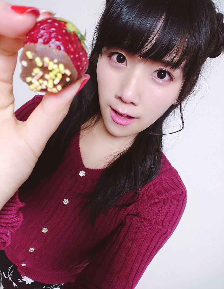 今日チョコレートもらえた人ももらえなかった人も頑張って渡した人にも〜おすそわけ〜〜〜💝🎀🍫💌 おやす…