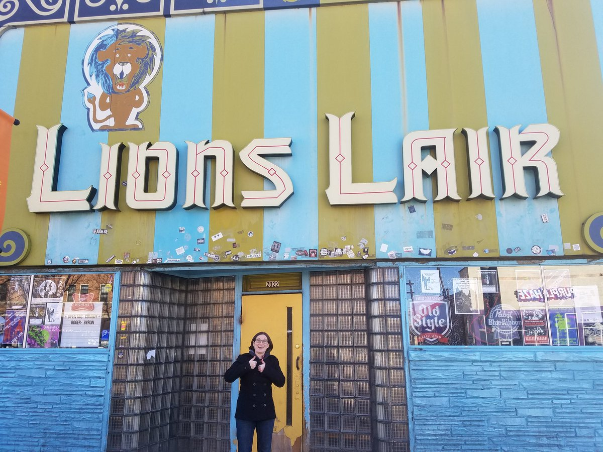 While in Denver we of course had to swing by @LionsLairDenver #ThoseWh...