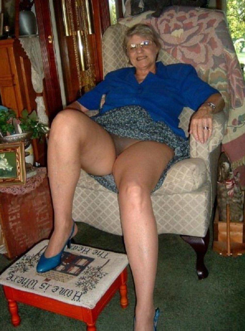 My hot wife enjoys cock mi esposa disfruta la verga