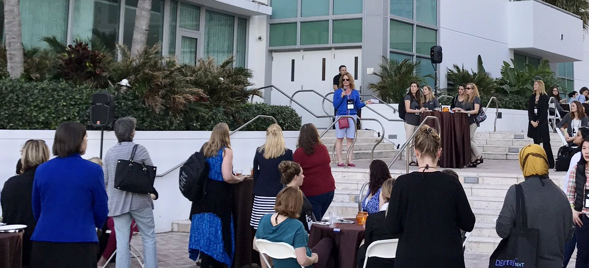 Hanging out with the women of #agbt17 tonight. Great event @agbt! https://t.co/vagELGfbQp