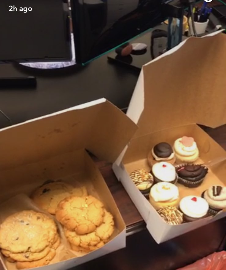 This is not how anyone should spend #valentinesday2017. But my wife did sweeten the day from afar for me & my staff. https://t.co/LFfpHz4I9K