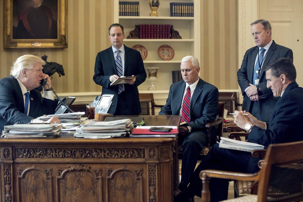 Trump esclude stampa incomoda dalla Casa Bianca: addio democrazia?