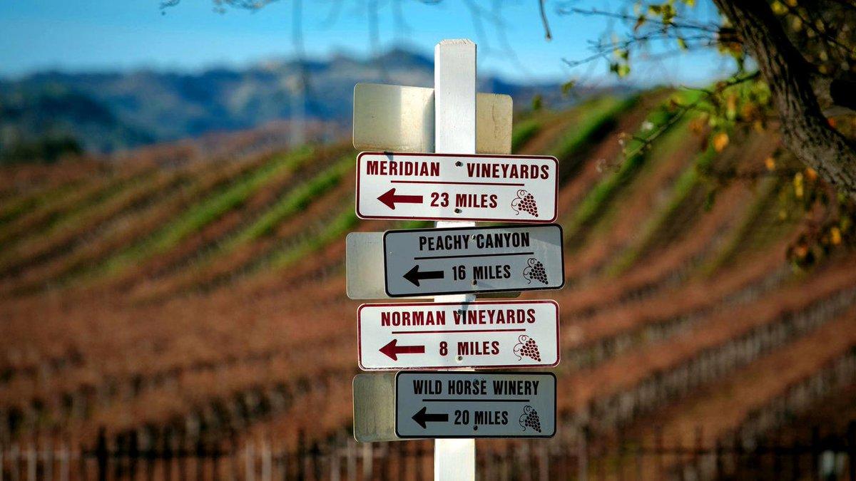 Nouveau record pour les #vins californiens  ️  http:// fw.to/sgFUUzX  &nbsp;   via @latimes  #Actu #WineMorning<br>http://pic.twitter.com/cZKfNpccVp