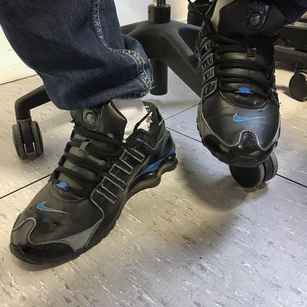 Aujourd&#39;hui c&#39;est Shox #oldsneakers #vintage #sneakers #sneakerhead #socks #lacostesocks #…  http:// ift.tt/2lPgavu  &nbsp;  <br>http://pic.twitter.com/XdL6G5TlIa
