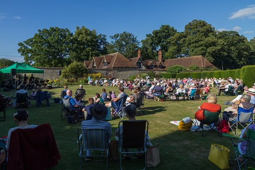 RT @GUTS_fbc Will be confirming this year's Jazz @ @LoseleyPark event VERY soon watch this space!