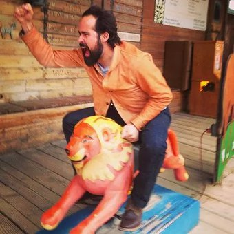Happy birthday to the one and only Ronnie Vannucci Jr !