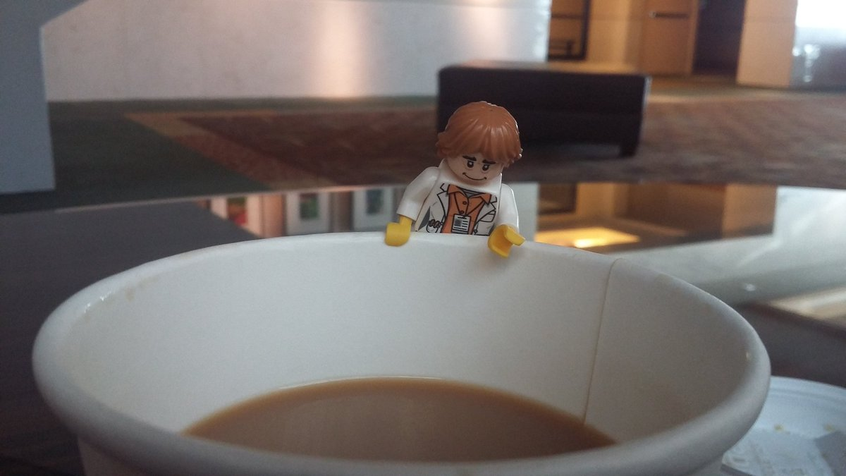 ...coffee time for lego @whatchamacaulay #agbt17 @PacBio https://t.co/Hv9d23C0oj