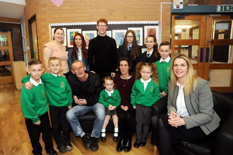 St. Patrick's in @covtelegraph thanks to Mr & Mrs Hyde and family!! @Romero_MAC_ @CWChaplaincy read all about it... https://t.co/wufwfJIZHW