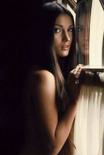 Happy birthday to Jane Seymour. Photo from 1972.