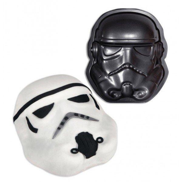 YES ! Le gâteau parfait pour mon pote #geek ! #stormtrooper en force !!    http:// commentseruiner.com/pourlamaison/m oule-a-gateau-stormtrooper &nbsp; … <br>http://pic.twitter.com/AF1dSypL6v