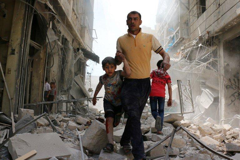 #Syrie: les #négociations de #paix se poursuivent à #Astana  https:// goo.gl/yWnAHM  &nbsp;  <br>http://pic.twitter.com/7w1XfHKSmD