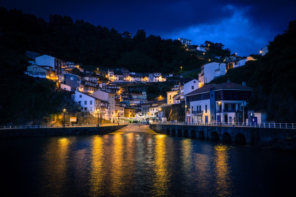 Blue and Orange nights #500px #cudillero #Asturias   https:// 500px.com/photo/198579025  &nbsp;  <br>http://pic.twitter.com/5pcsfBBXgx