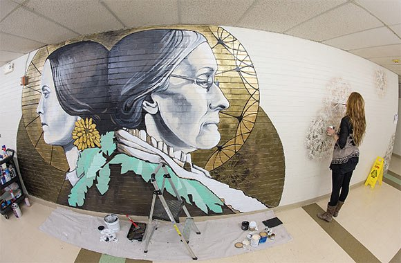 Happy Birthday, Susan B. Anthony! #ROC artist Sarah Rutherford's mural >Susan B. Anthony and the @UofR 's dandelion. https://t.co/uwFDxBn4HN
