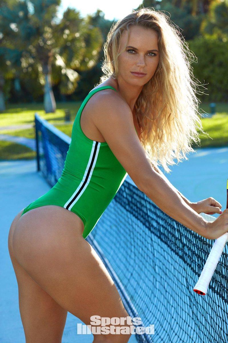 caroline wozniacki on twitter tennis in bathing suits