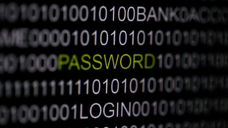 «Avez-vous piraté le #FBI ou la #CIA ?» : un Russe arrêté en #Espagne sans en connaître la raison  https:// francais.rt.com/international/ 34037-avez-vous-pirate-fbi-cia-russe-arrete-espagne &nbsp; … <br>http://pic.twitter.com/Uk5LDzq0BI