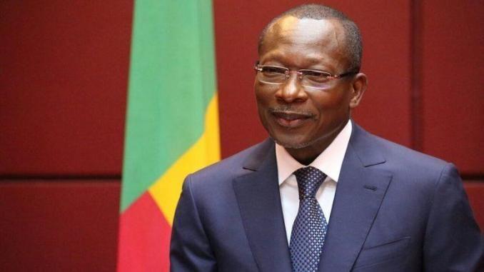 #Bénin: les ressortissants des pays d&#39;#Afrique subsaharienne exemptés de #visa  http:// bit.ly/2kKsxJ8  &nbsp;  <br>http://pic.twitter.com/vTo0BOiJP3