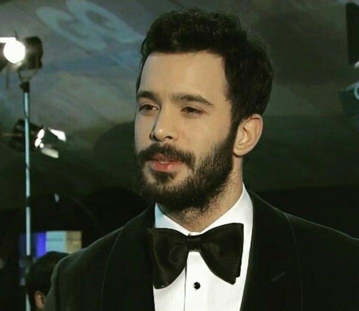 GQ Men of the Year ödül töreninden Barış Arduç ❤ https://t.co/7fSY9CDs...
