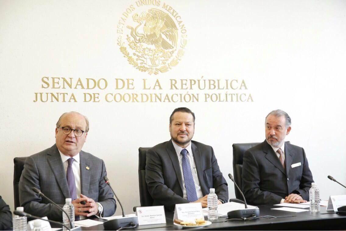 Gobierno federal debe revertir alza a precios de gasolinas y poner orden en las finanzas públicas: Senador Fernando Herrera Ávila