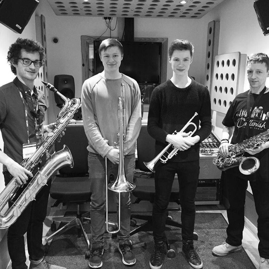 Best #hornsection we&#39;ve had the pleasure to record! #horns #newalbum #americanamusic #trum…  http:// ift.tt/2lkEgBi  &nbsp;  <br>http://pic.twitter.com/bcMTSDmiTm