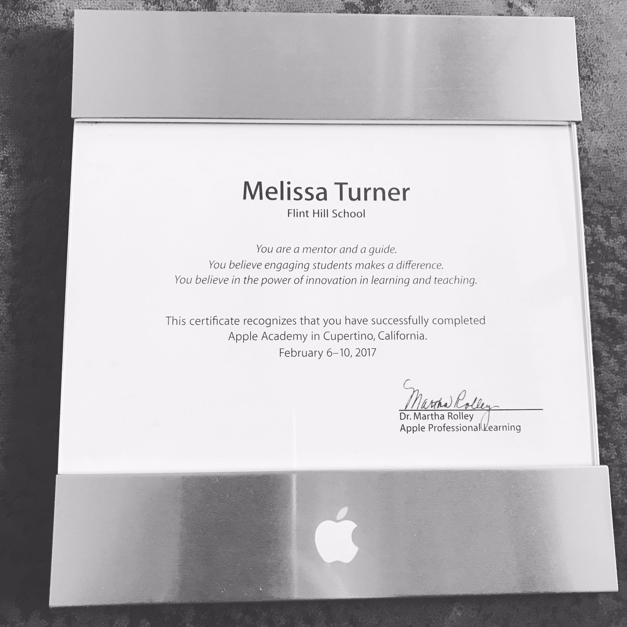 Officially an Apple Learning Specialist! Thanks #appleacademy #myflinthill https://t.co/g9YBPxgW77